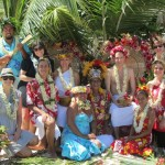 becca-hensley-moorea-wedding-party